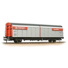 Bachmann 37-601C OO Gauge BR VGA Van BR Railfreight Red Speedlink