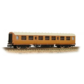 Graham Farish 376-250 N Gauge Thompson Third Class Corridor LNER Teak