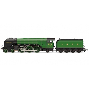 Hornby R3833 LNER Thompson Class A2/3 4-6-2 514 'Chamossaire' LNER Green
